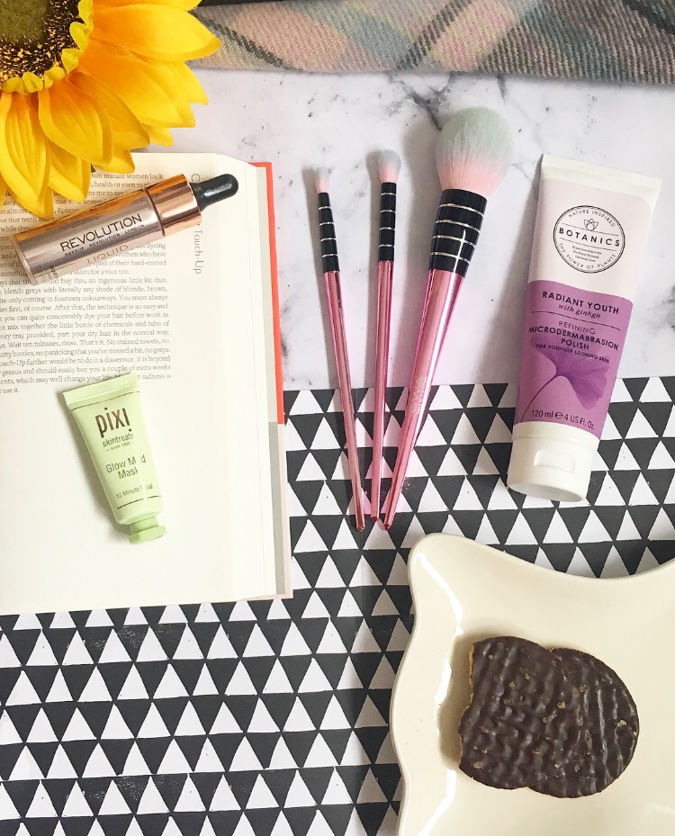 October Favourites 2017 | Chapter 10 Complete