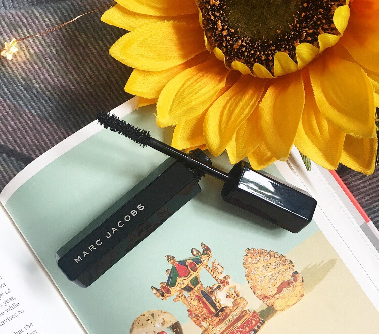 Marc Jacobs Velvet Noir Mascara | Luxury Equals Better?
