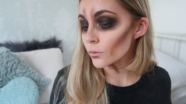 easy skull makeup